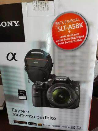 Camara Sony SLT A58 + Objetivo 18-55 Sony