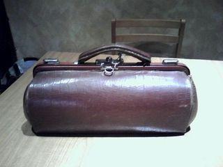 maletin antiguo