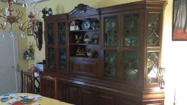Mueble de comedor clásico de madera noble de segunda mano por 205 ...