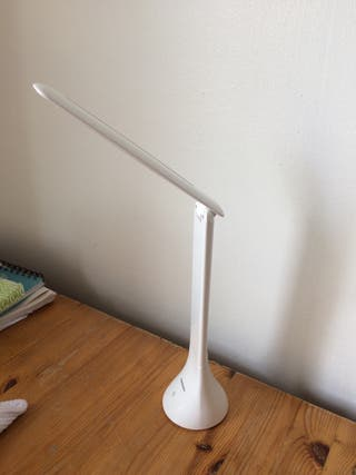 Rechargeable wireless lamp