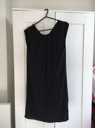 Lovely black dress size 8