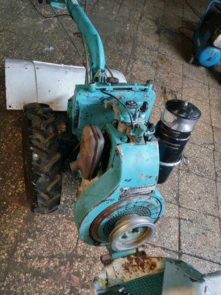 tractor mula