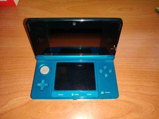 Nintendo 3Ds, con 4 juegos y extras.