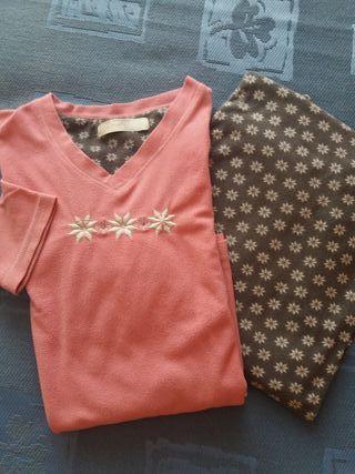 Pijama rosa y gris