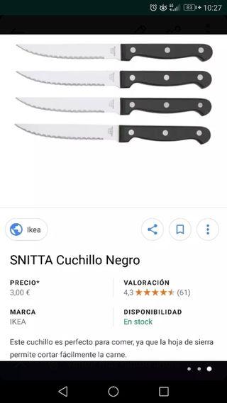 Media docena de cuchillos de carne sierra.
