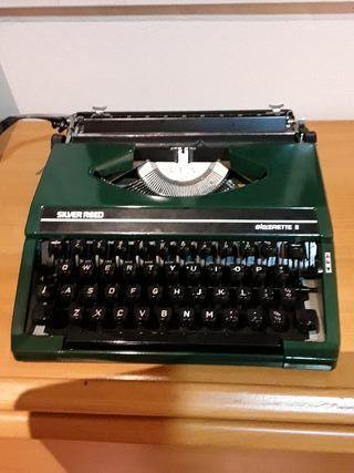 Máquina de escribir Silver Reed