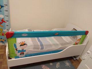 Cama,2 colchones 70*140 y ropa cama