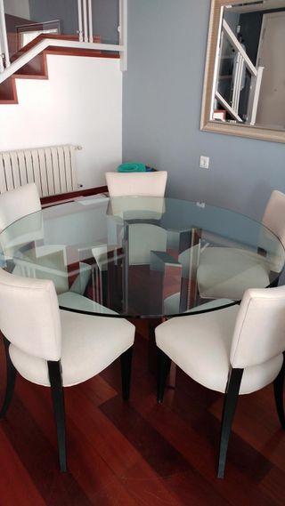Preciosa mesa de cristal (150 cm de diámetro)
