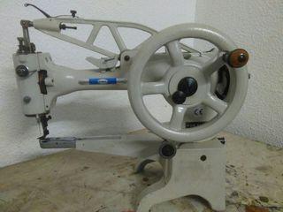 maquina coser, zapatero, guarnicionero