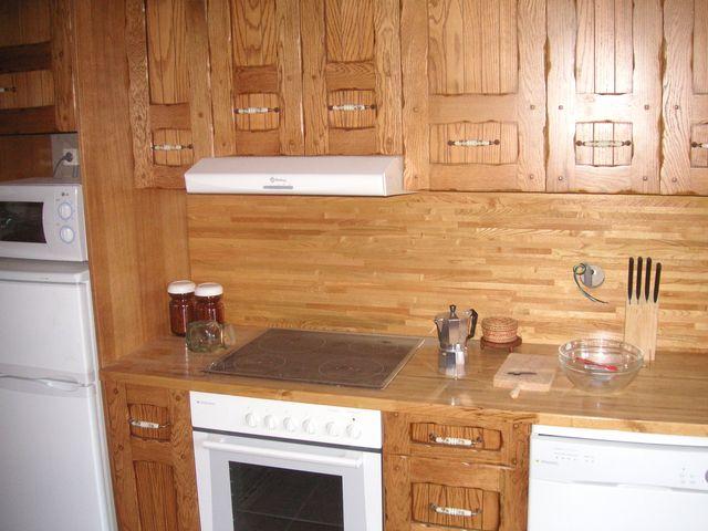 Mueble de cocina de segunda mano por 1.000 € en Oviedo en WALLAPOP