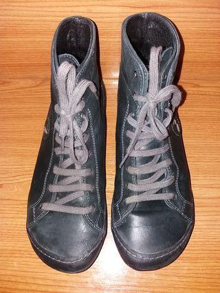 Botas de piel número 40