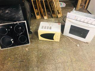 Vitroceramica, horno y microondas