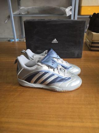 botas fútbol sala Adidas talla 32