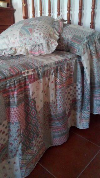 2 colchas edredón 80,cortinas, cuadrantes, lámpara