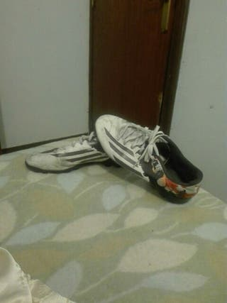 Botas de futbol adidas talla 44
