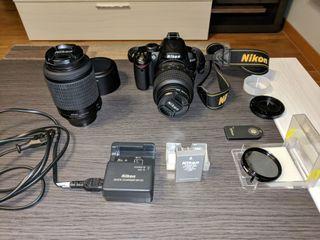 Camara reflex Nikon D3000 y 2 objetivos