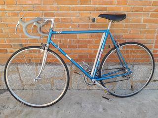 bicicleta de carretera mbk