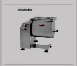 Mezcladora/amasadora de carne.