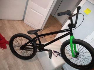 bicicleta Radio Saiko bmx