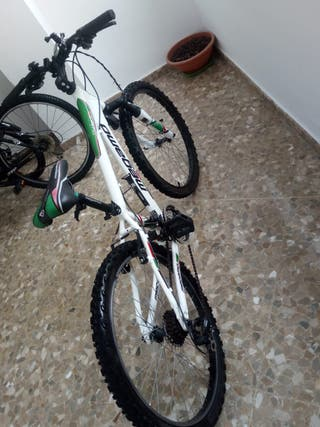 BICICLETA MEGAMO JUNIOR 24""