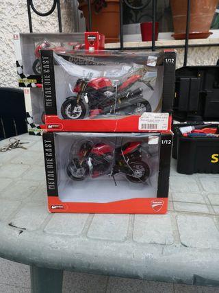 Ducati Street Fighter 2010 escala 1/12