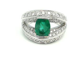 Sortija oro 18 K, diamantes y esmeralda