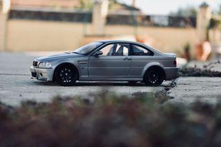 BMW m3 csl kyosho 1/18