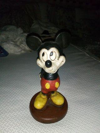 figura mickey mouse imitación madera