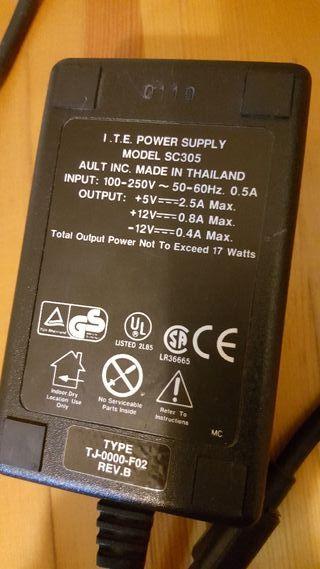 transformador 5v 2.5A y 12v 0.8A 17w DC