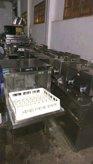 lavavajillas lavaplatos industrial bar restaurante