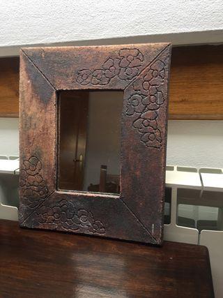 Espejo marco de cerámica