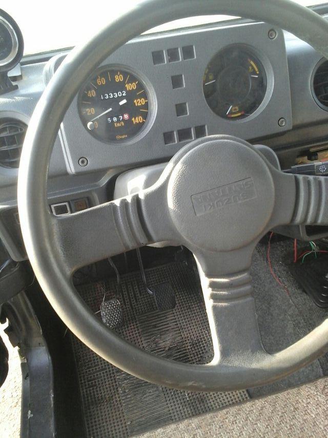Suzuki santana sj410