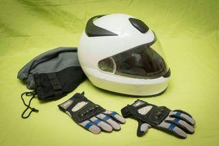 Casco + guantes BMW
