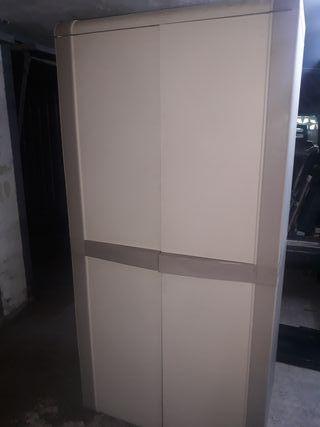 armario de resina . exterior