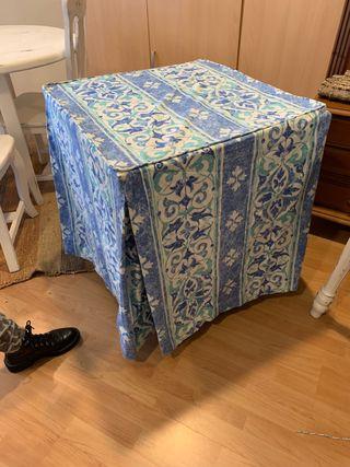 Mesa de camilla de 70 cuadrada solo las faldas