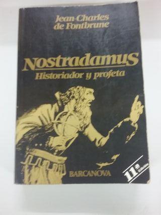 """Libro """"Nostradamus"""""""