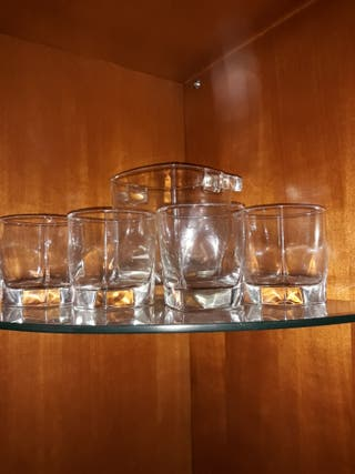 juegode vasos de whiskycon hielera