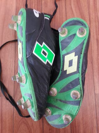 Botas de fútbol de tacos de aluminio