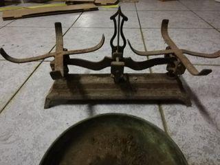 báscula de platos antigua