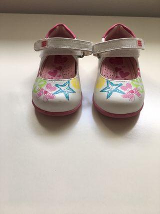 Zapatos Garvalin talla 18