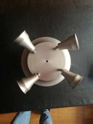 lampara con cuatro focos