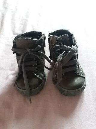 zapatos de bebe numero 19 nuevas marka creek