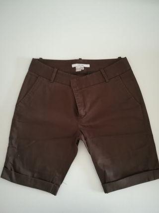 Bermudas y faldas básicas de zara.