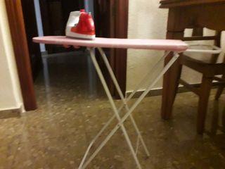 tabla de planchar con plancha Juguete
