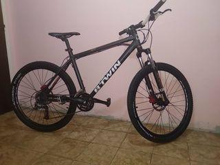 Bicicleta B-TWIN 26 de montaña.