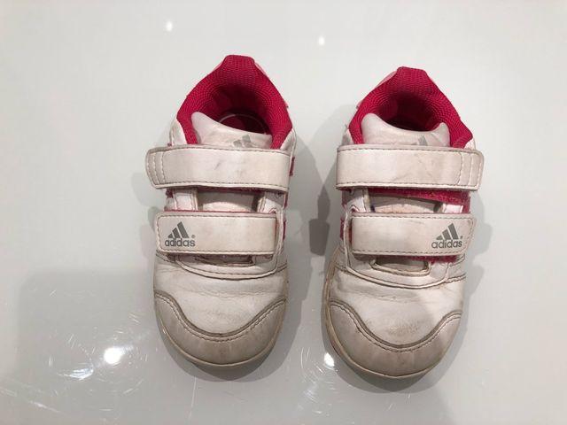 Zapatillas Adidas Niña. Talla 24 de segunda mano por 8 € en Zaragoza ... 6af862b6c04cb