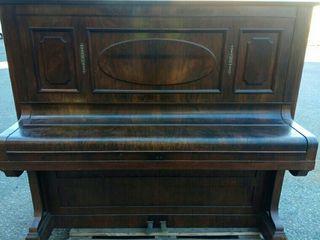 PIANO C. BECHSTEIN