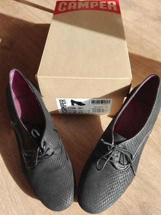 Zapatos Camper nuevos