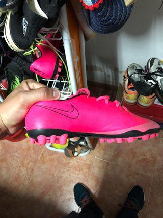 Botas de fútbol alta gama