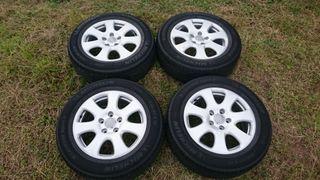 """Llantas Audi Q7 18"""" originales. Con neumáticos."""